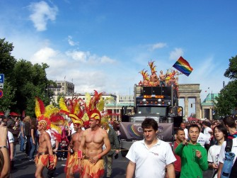 29soc1-gay-pride-berlino